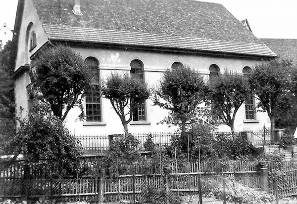Synagogue with garden.
